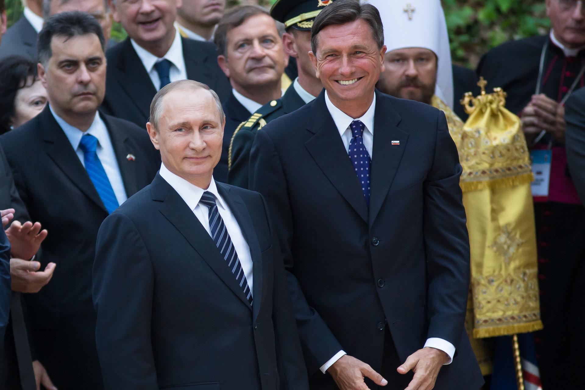 Ruski predsednik Vladimir Putin in slovenski predsednik Borut Pahor ob stoletnici Ruske kapelice leta 2016.