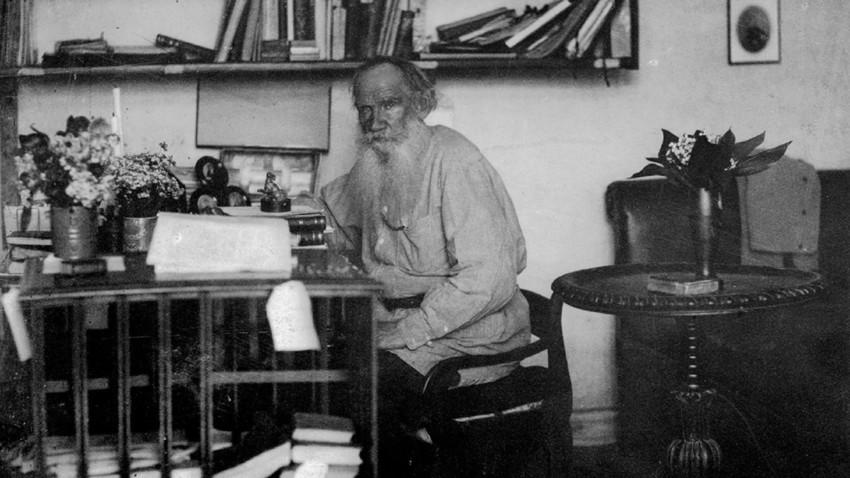 Tolstói não poupava nem o amigo Anton Tchekhov.