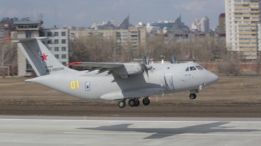 Pesawat angkut militer ringan terbaru Rusia Il-112V