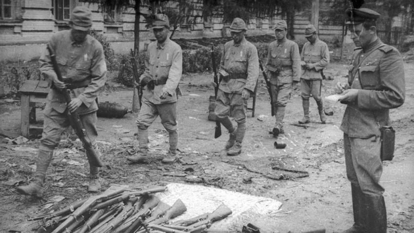 Разоръжаване на Квантунската армия