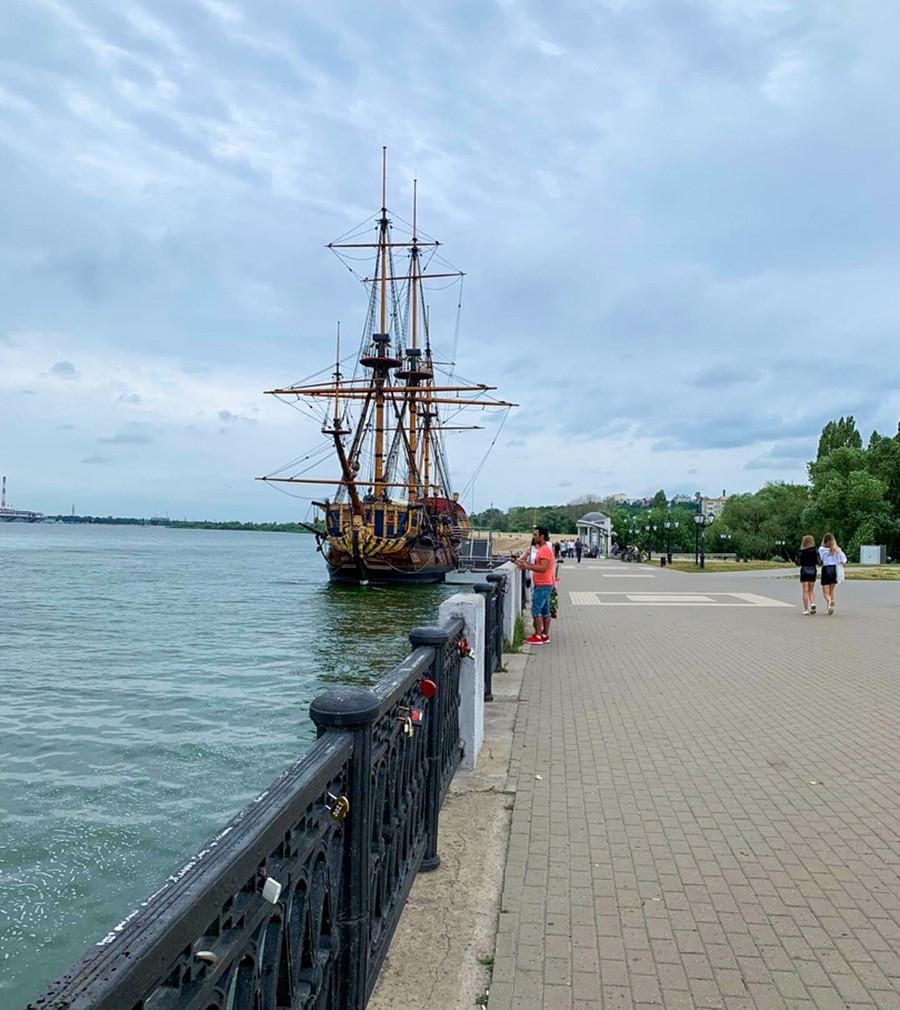 ヴォロネジで建造された初の船