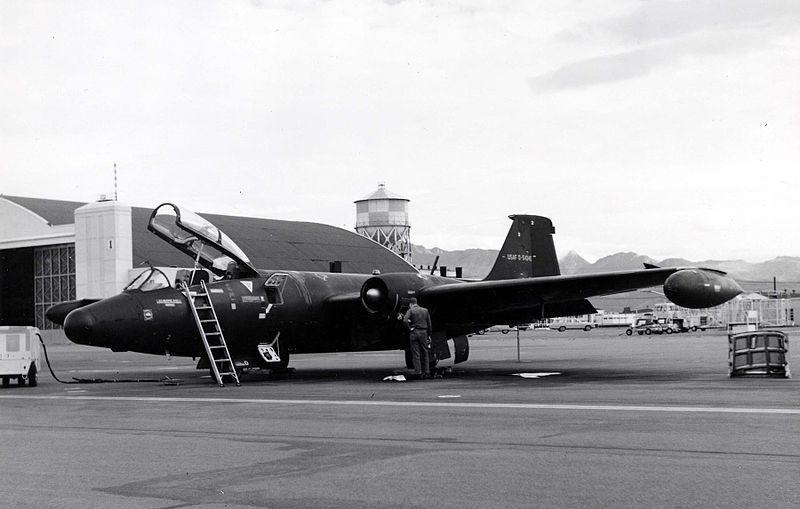 Martin RB-57E. Vista frontal fotografada em 14 de agosto de 1967