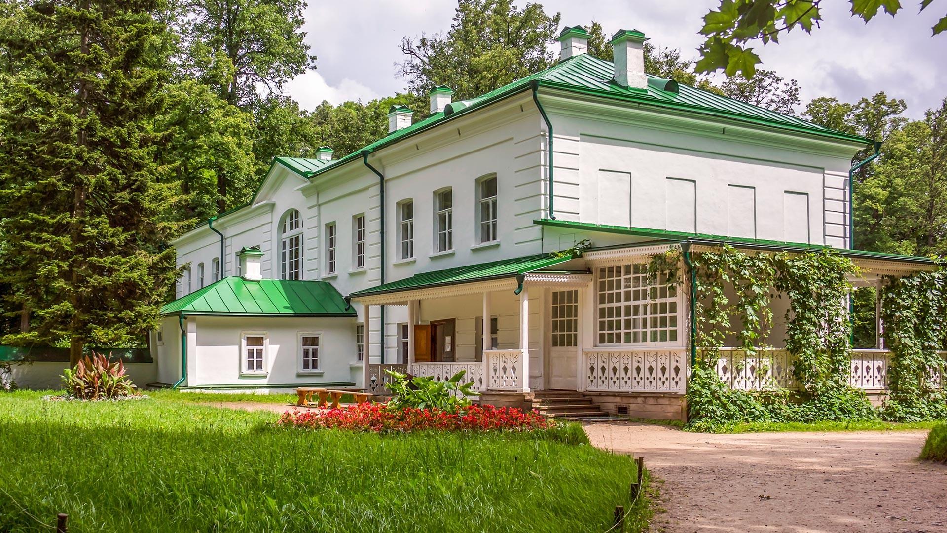 Барский дом в Ясной Поляне