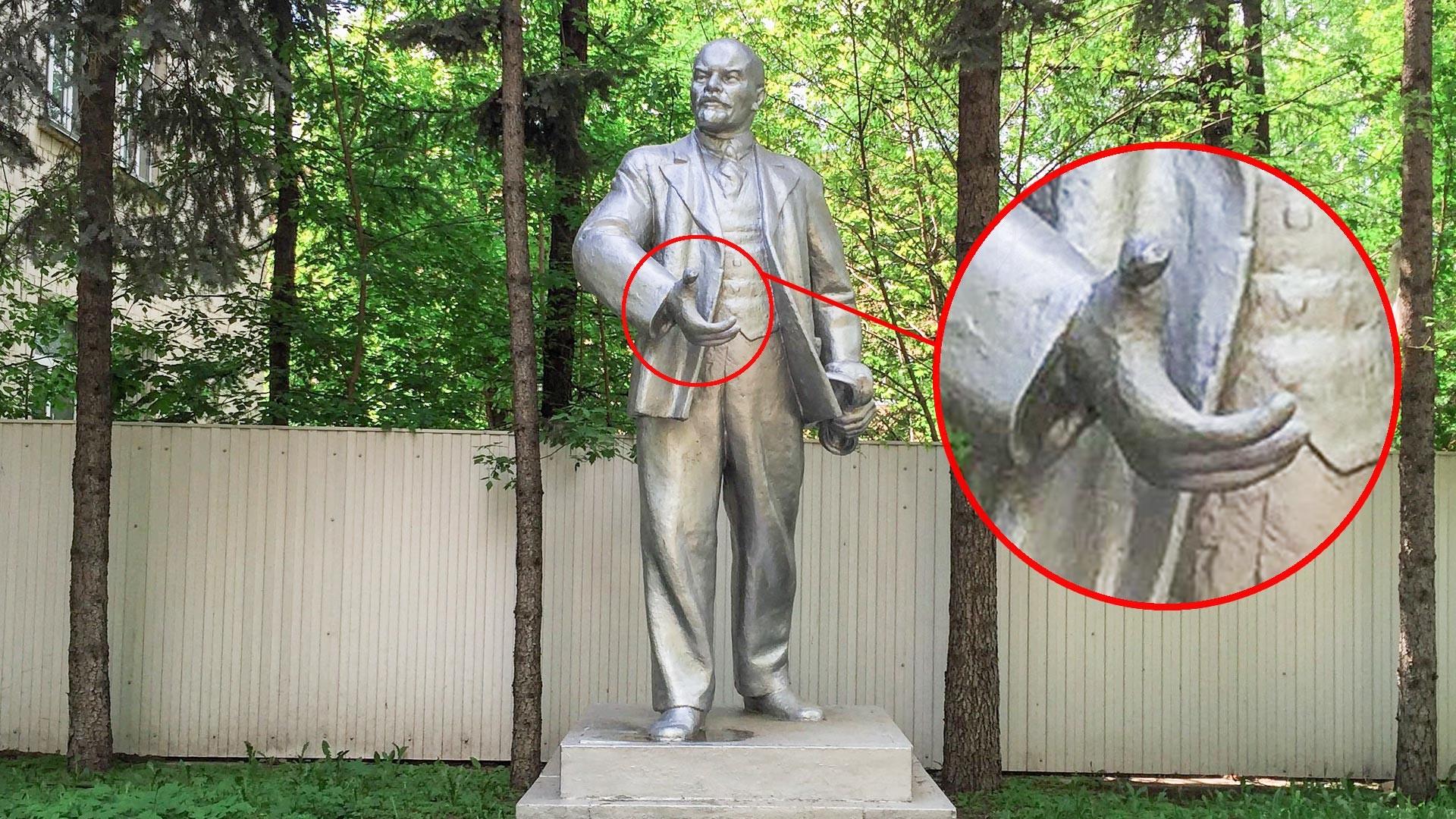 Burakowa-Straße. Lokdepot. Lenin-Denkmal.