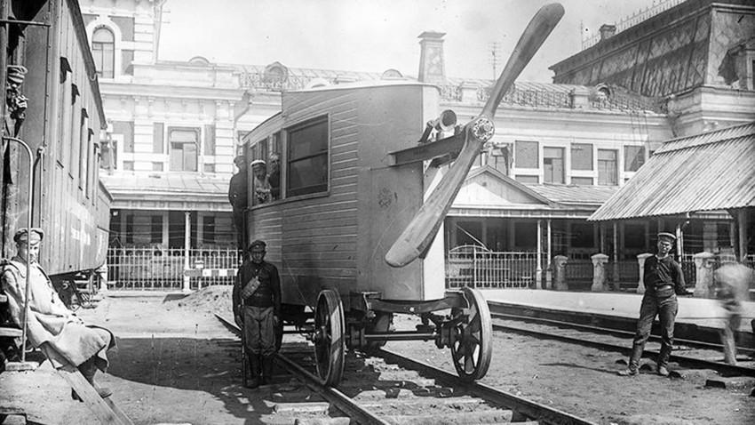 Aerovagon, ki ga je zasnoval V.I. Abakovski