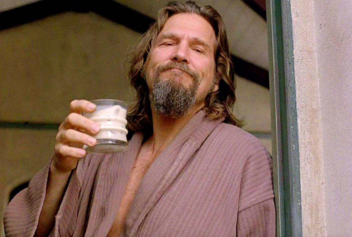 """O personagem de """"O Grande Lebowski"""" aparece 9 vezes com o coquetel na mão durante o filme dos irmãos Coen."""