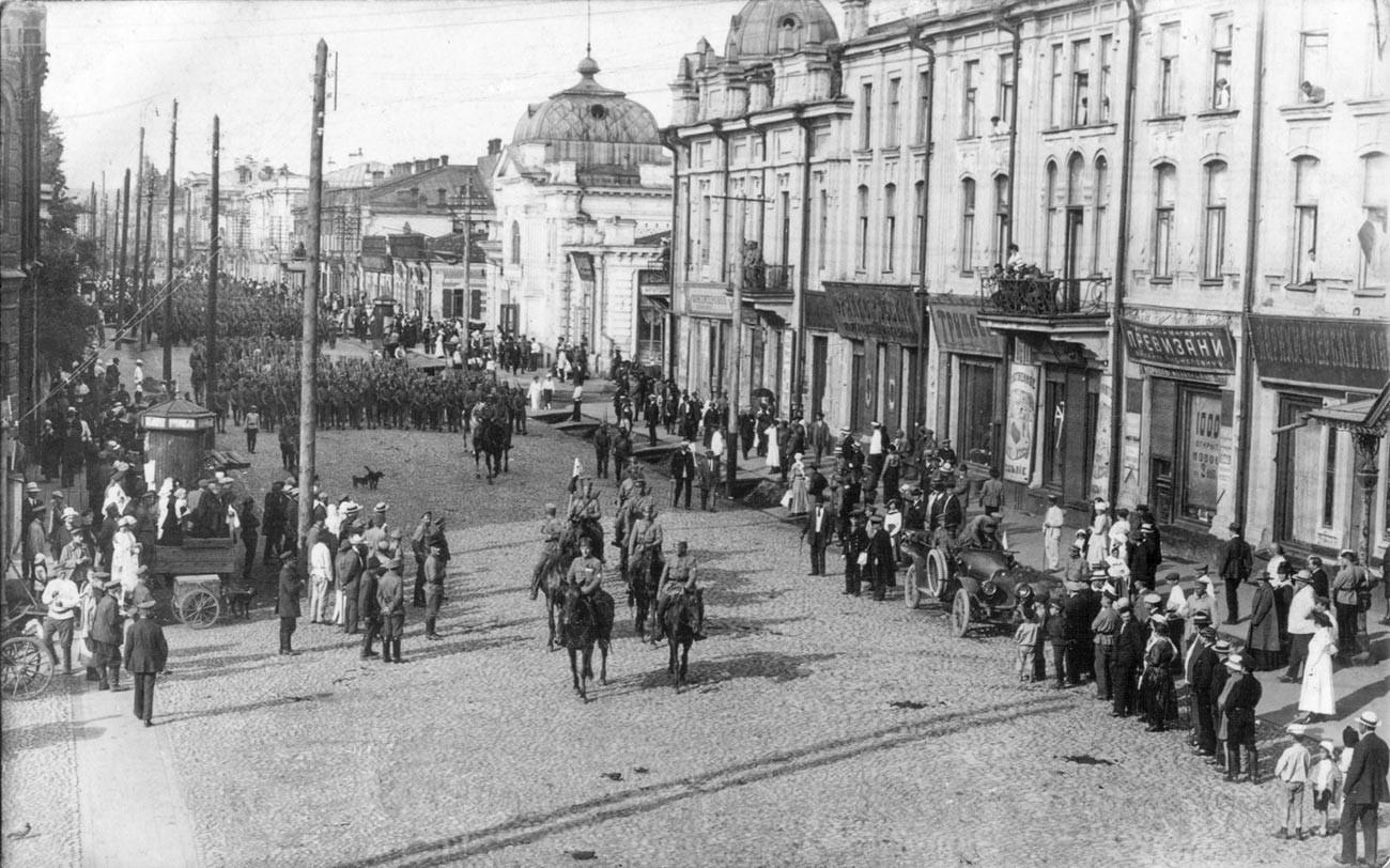 Вступление чехословацких войск в Иркутск, 1918 год.