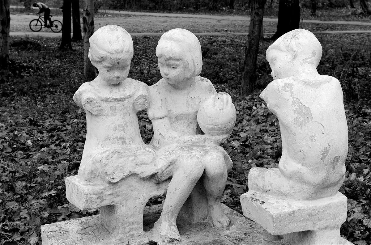 公園の彫刻、2006年