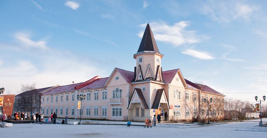 Сградата на пощата