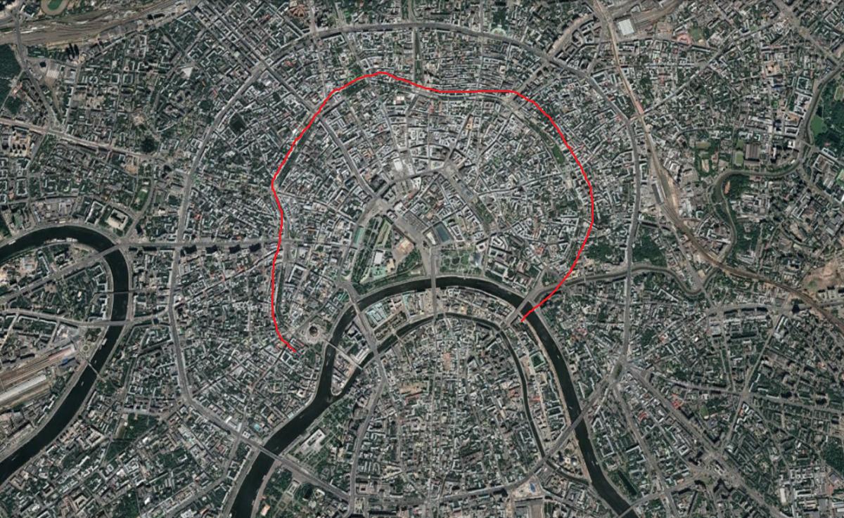 L'Anneau des boulevards entouré d'un tracé rouge. L'on peut voir, plus large et mieux marqué, l'Anneau des jardins.