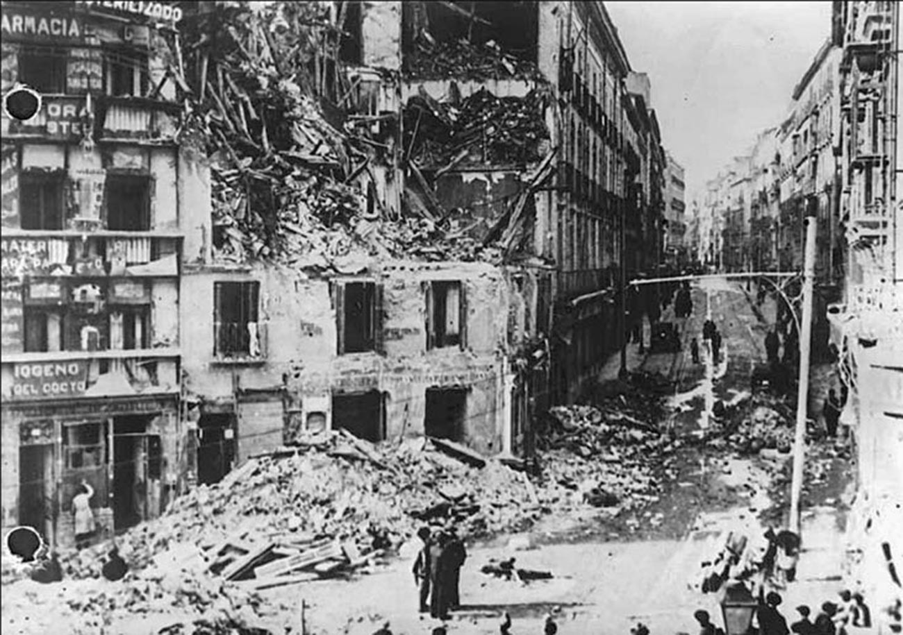 Consequências do bombardeio de Madri. Foto de 3 de dezembro de 1936.