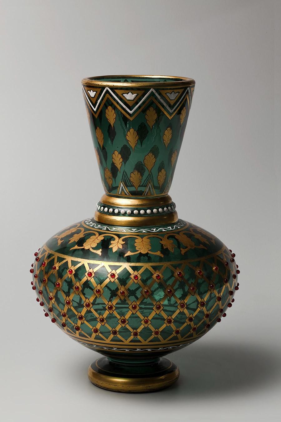 Vase. Années 1860-70