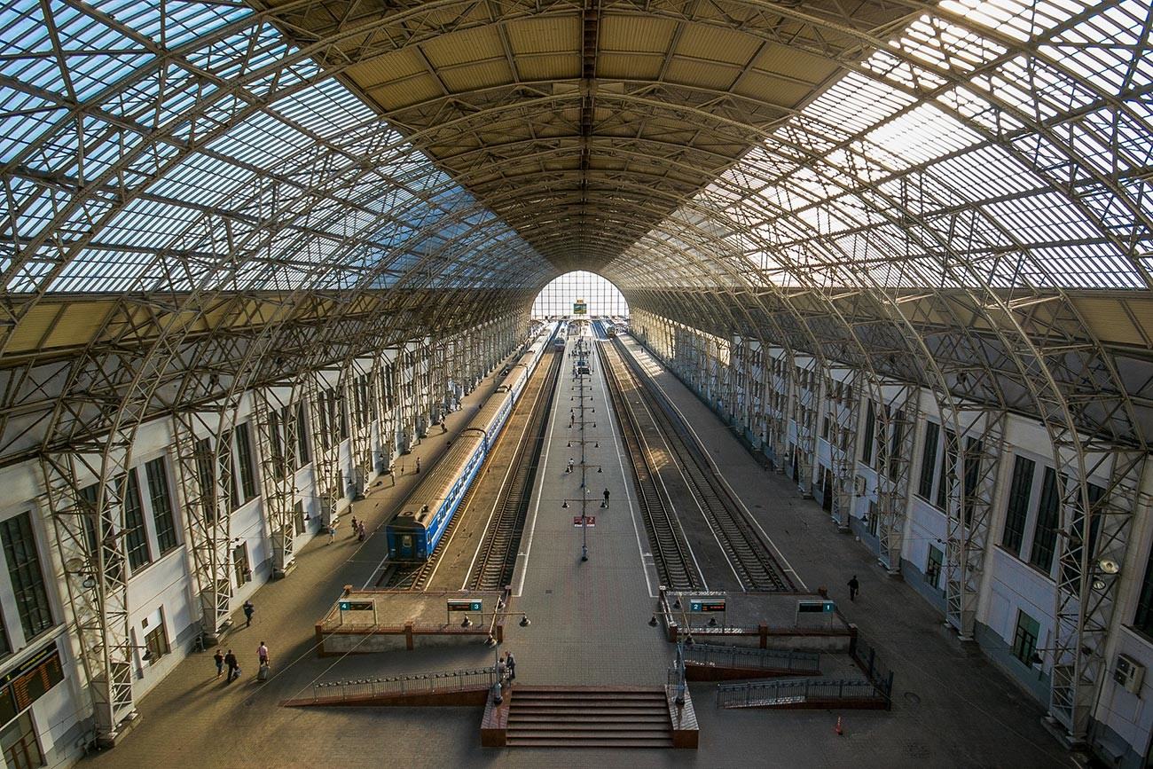 The Kievsky railway station in Moscow. The lattice roof was designed by Vladimir Shukhov.