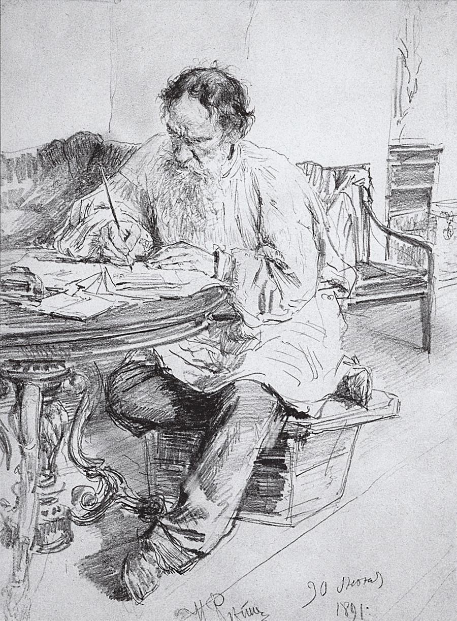 Tolstoï à sa table de travail, 1891