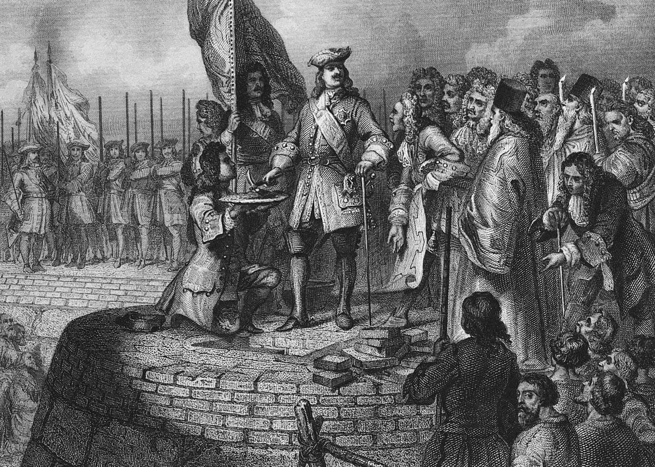 Петр Первый закладывает крепость в устье Невы.