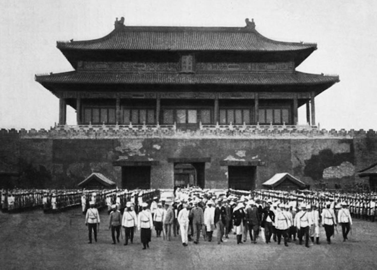 Russische Truppen in Peking.