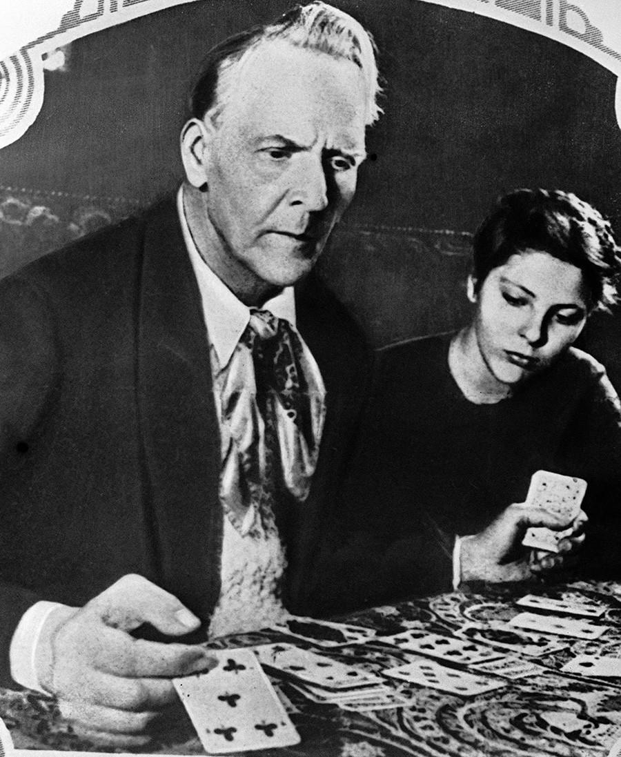 Russischer Opernsänger Fjodor Schaljapin (1873-1938) mit seiner Tochter Marina in Amerika.