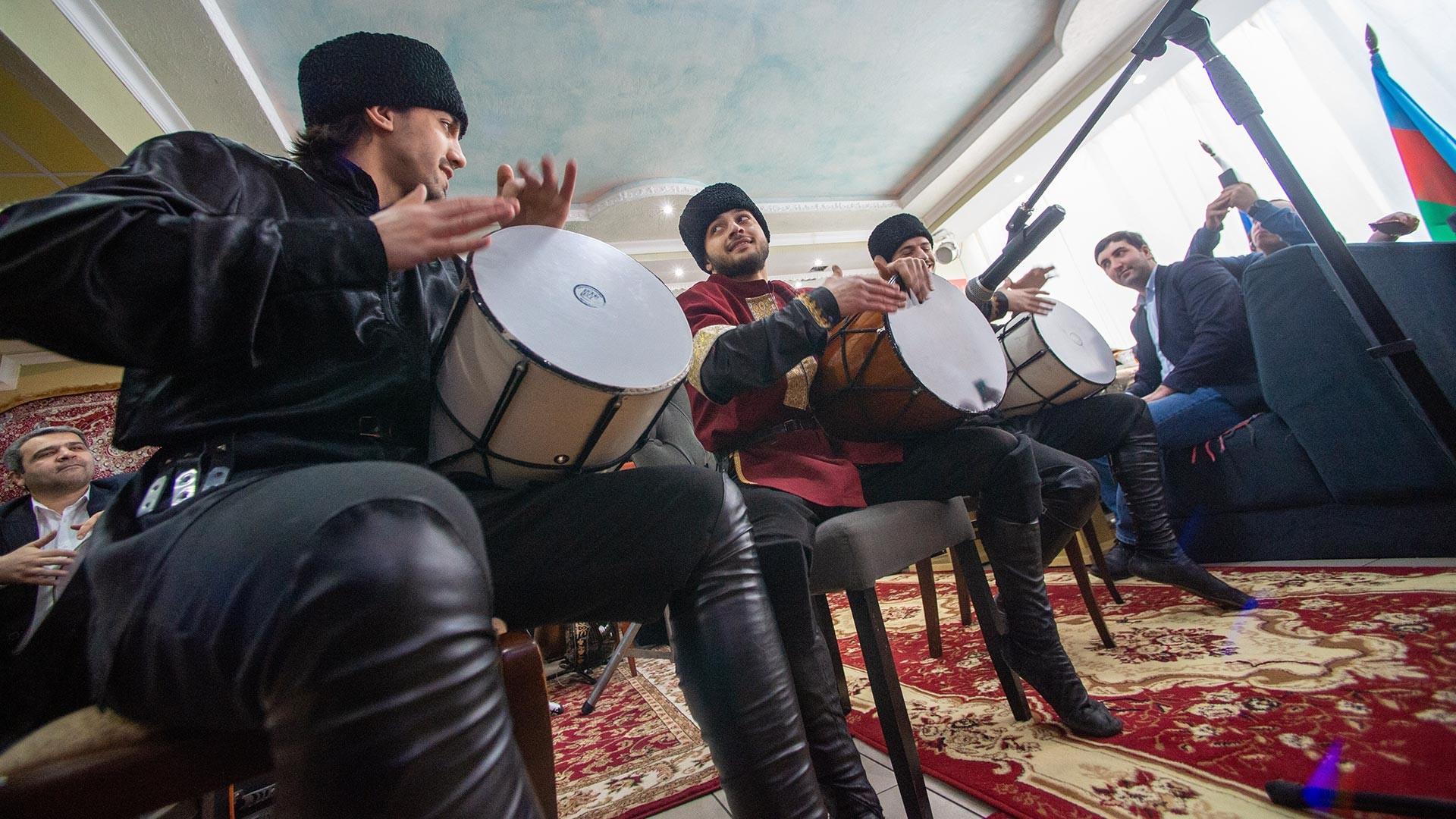 Торжественное открытие Азербайджанского культурно-образовательного центра в Химках.