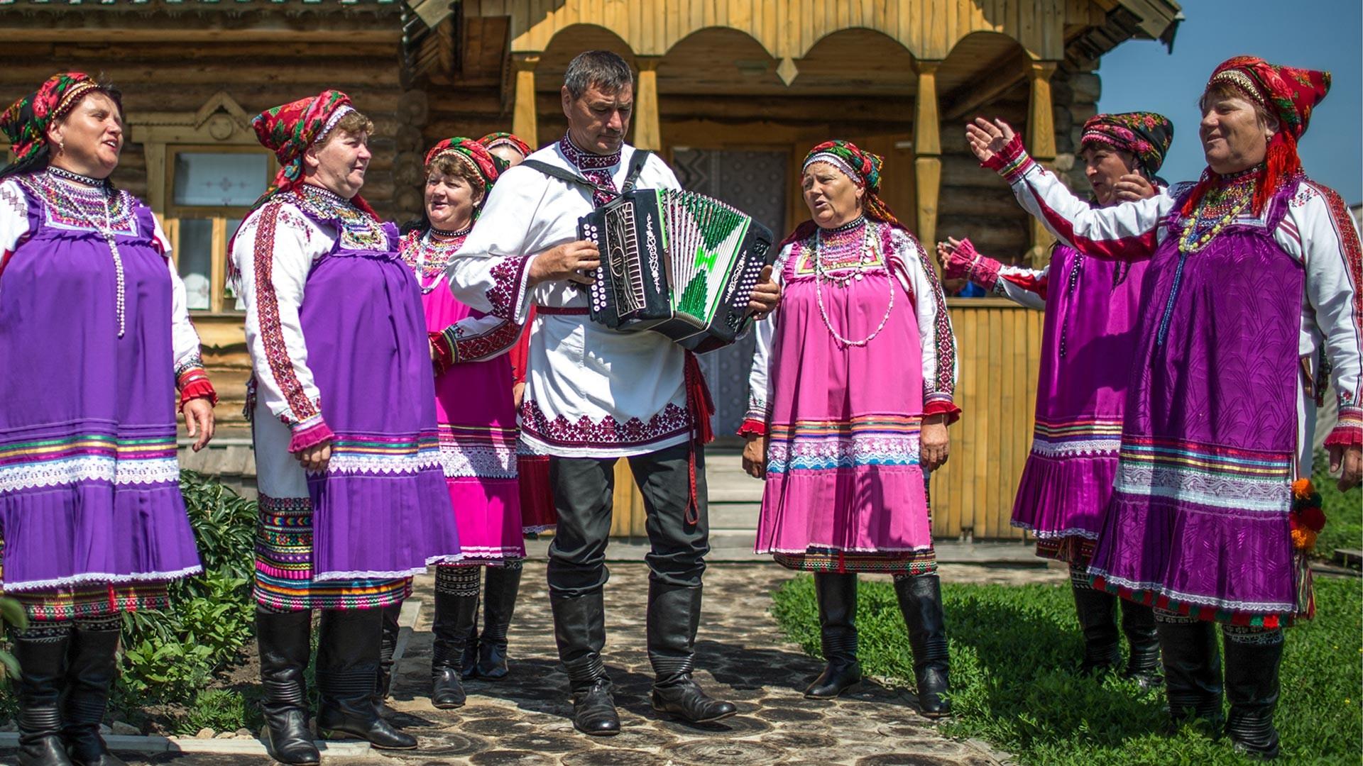 Pusat kebudayaan nasional di Desa Staraya Terizmorga, Mordovia.