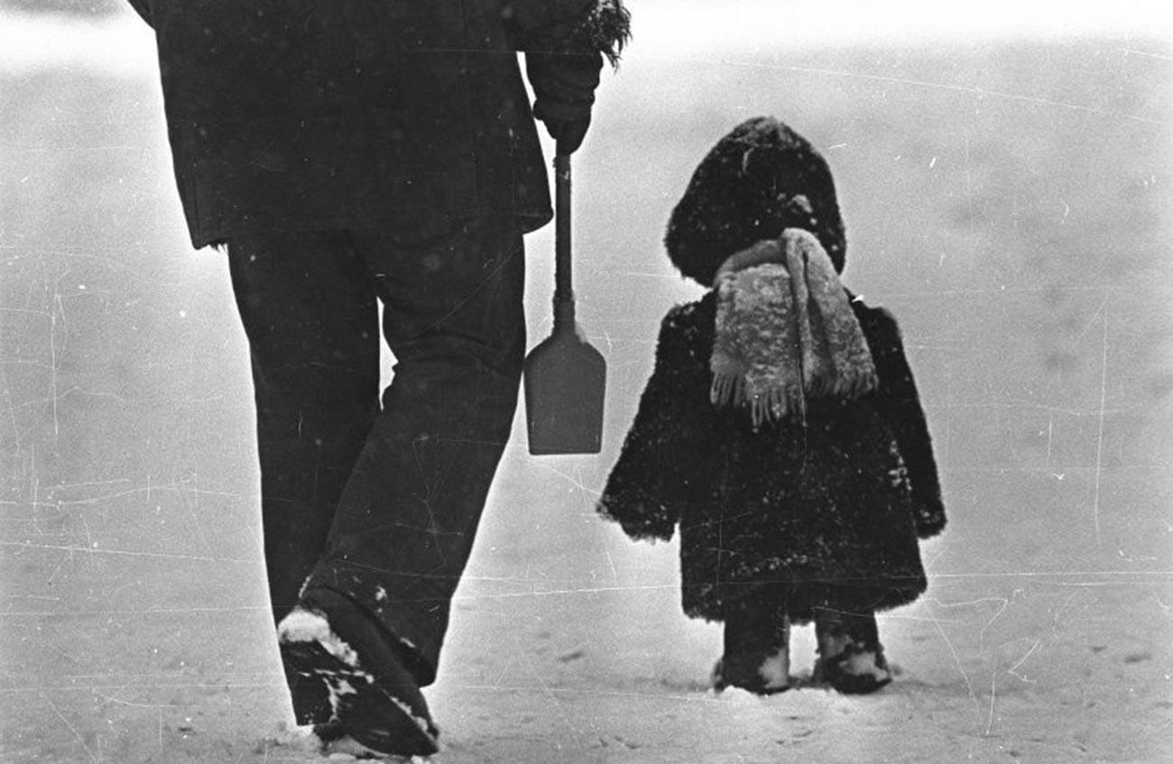 « Philipok », années 1970 (allusion à la nouvelle de Léon Tolstoï sur un petit garçon qui va à l'école)