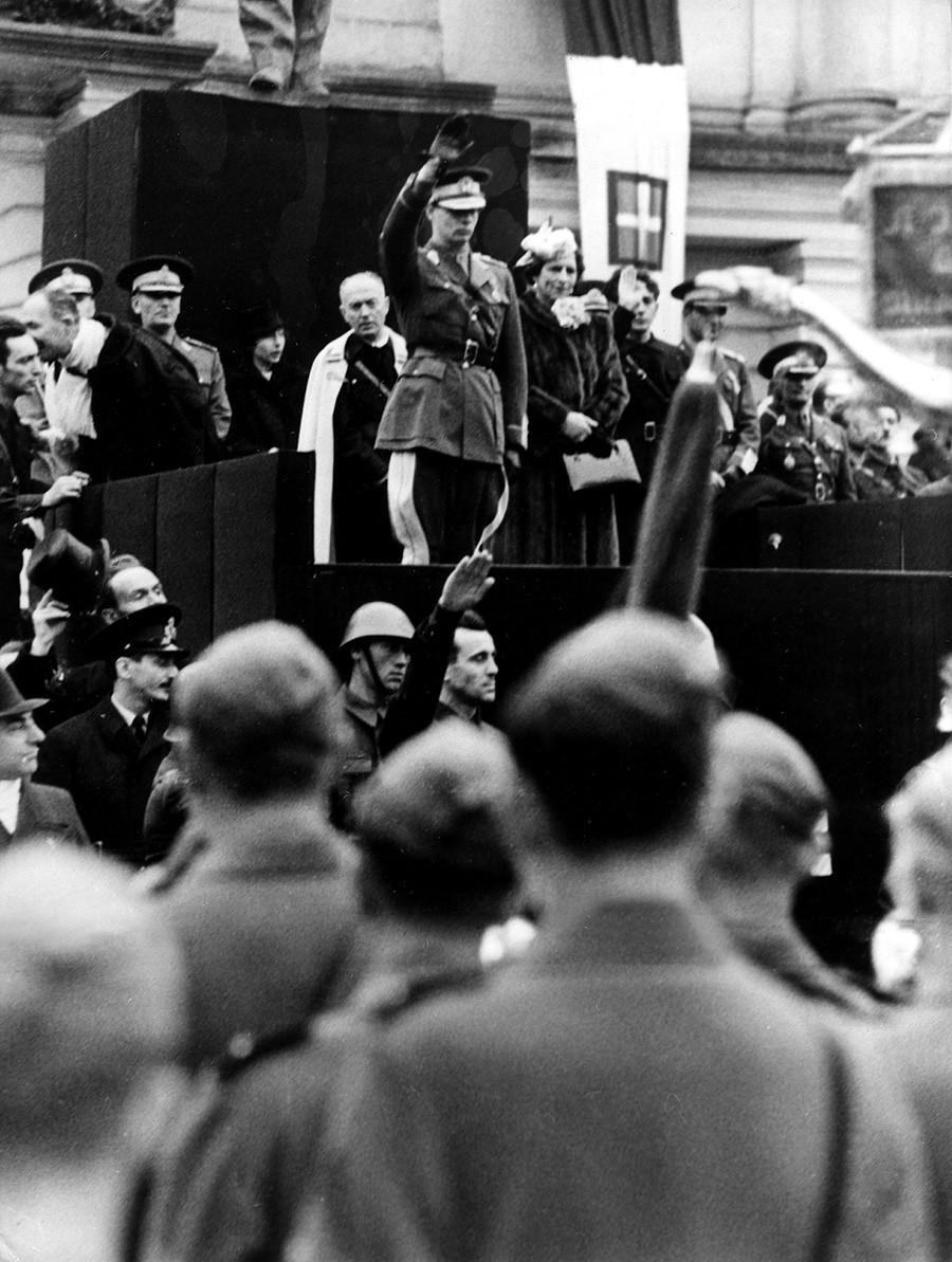Король Михай I в 1940 году.