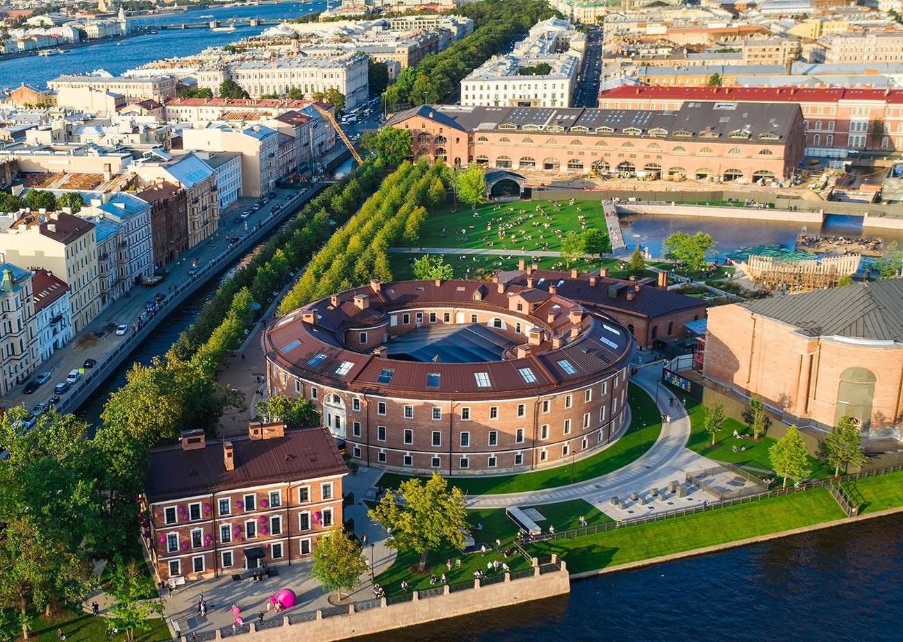 La torre della prigione sull'isola della Nuova Olanda a San Pietroburgo, soprannominata
