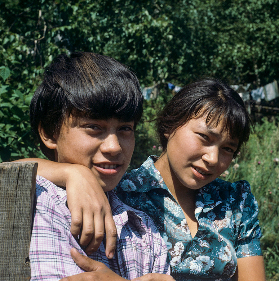 Tatiana dan Alexey Tyganov, dua orang Ket yang tinggal di utara Krasnoyarsky Kray.
