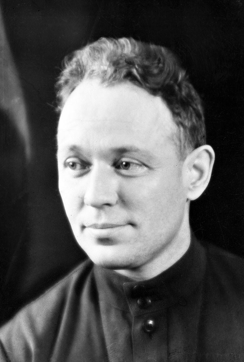 Mikhail Sholokhov, 1942.