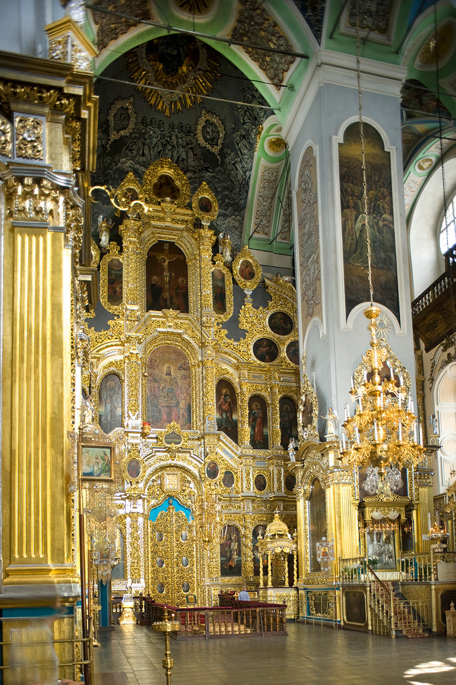 Smolensk. Dormition Cathedral, view of icon screen & baldachin with copy of Smolensk Icon. July 1, 2014