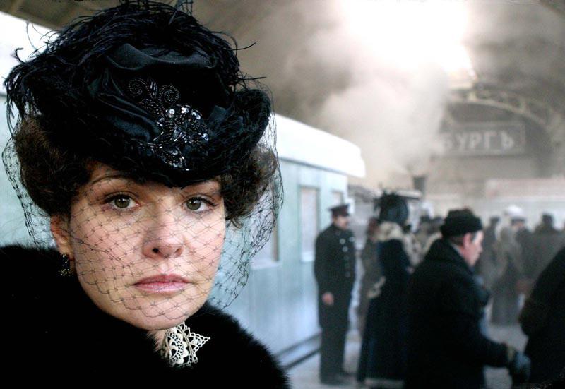 Schauspielerin Tatiana Drubitsch als Anna Karenina.