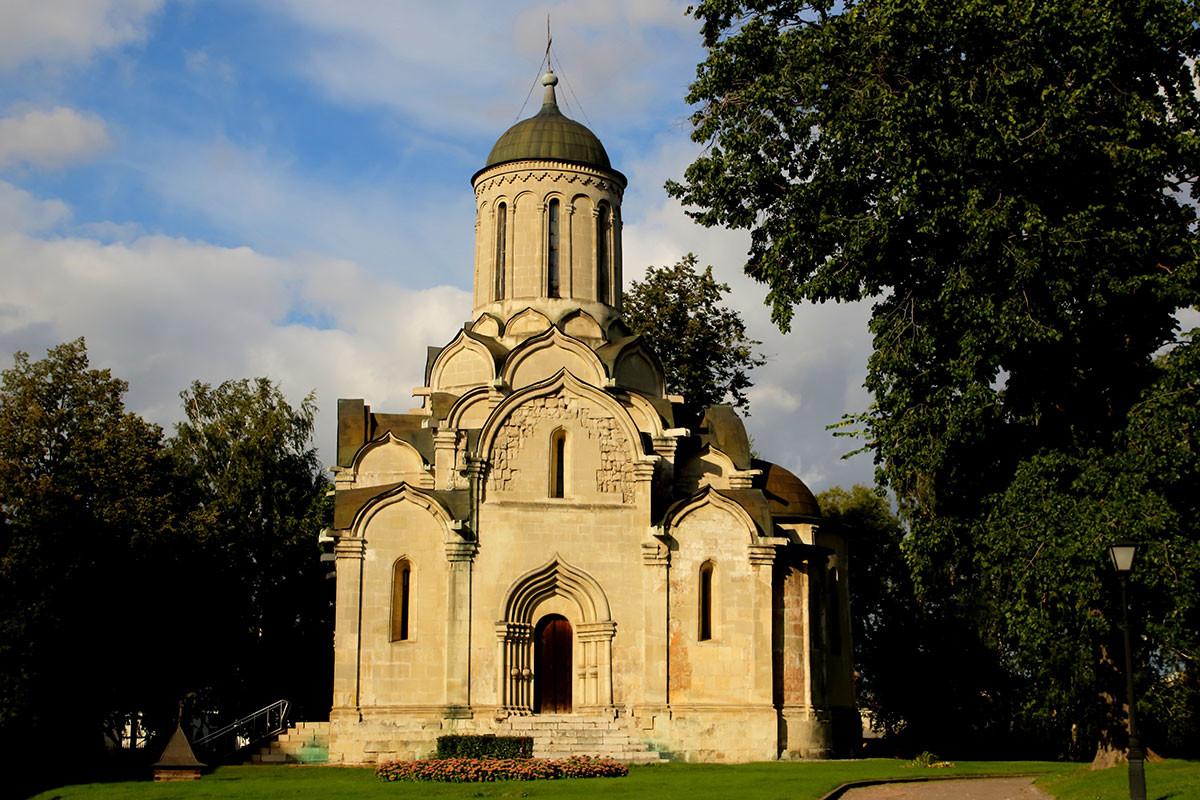 スパソアンドロニコフ修道院のスパスキー聖堂