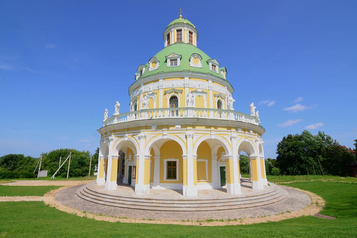 ロジェストヴォ・ボゴロディツィ(聖母降誕)教会