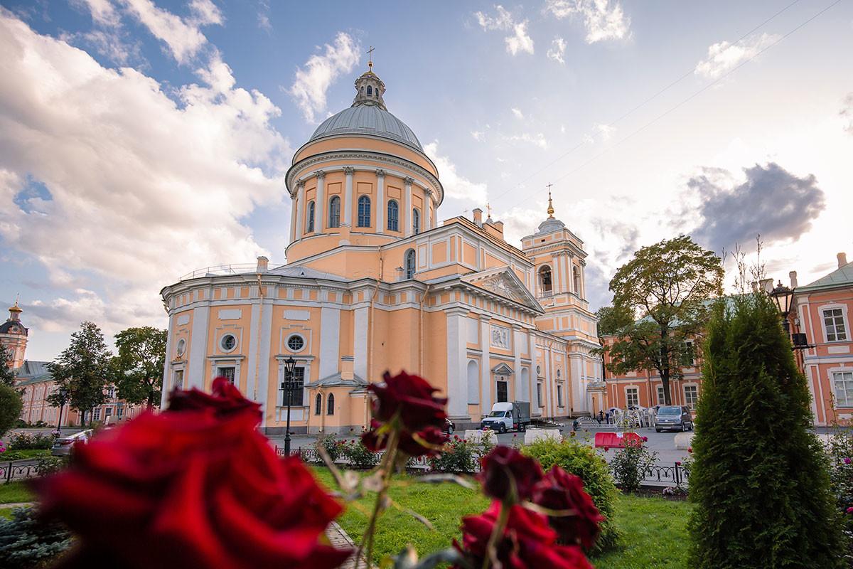 アレクサンドル・ネフスキー大修道院のトロイツキー(三位一体)大聖堂