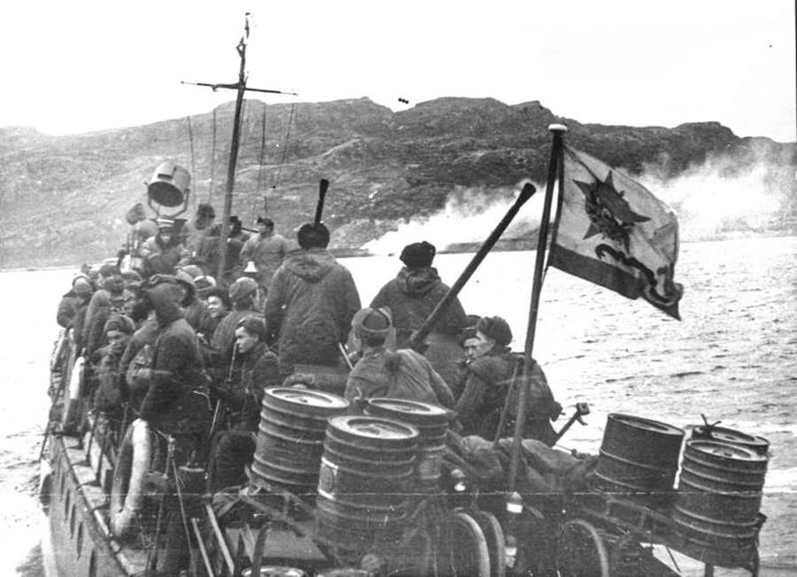 Форсирани марш на Печенгу.