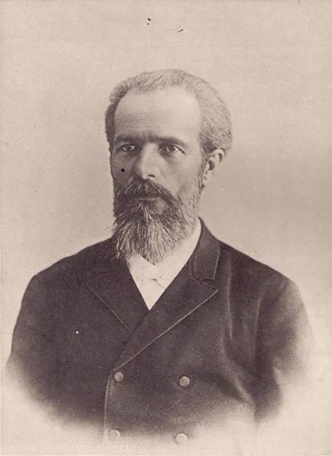Viktor Butske, o criador da planta e primeiro chefe do hospital Aleksêiev.