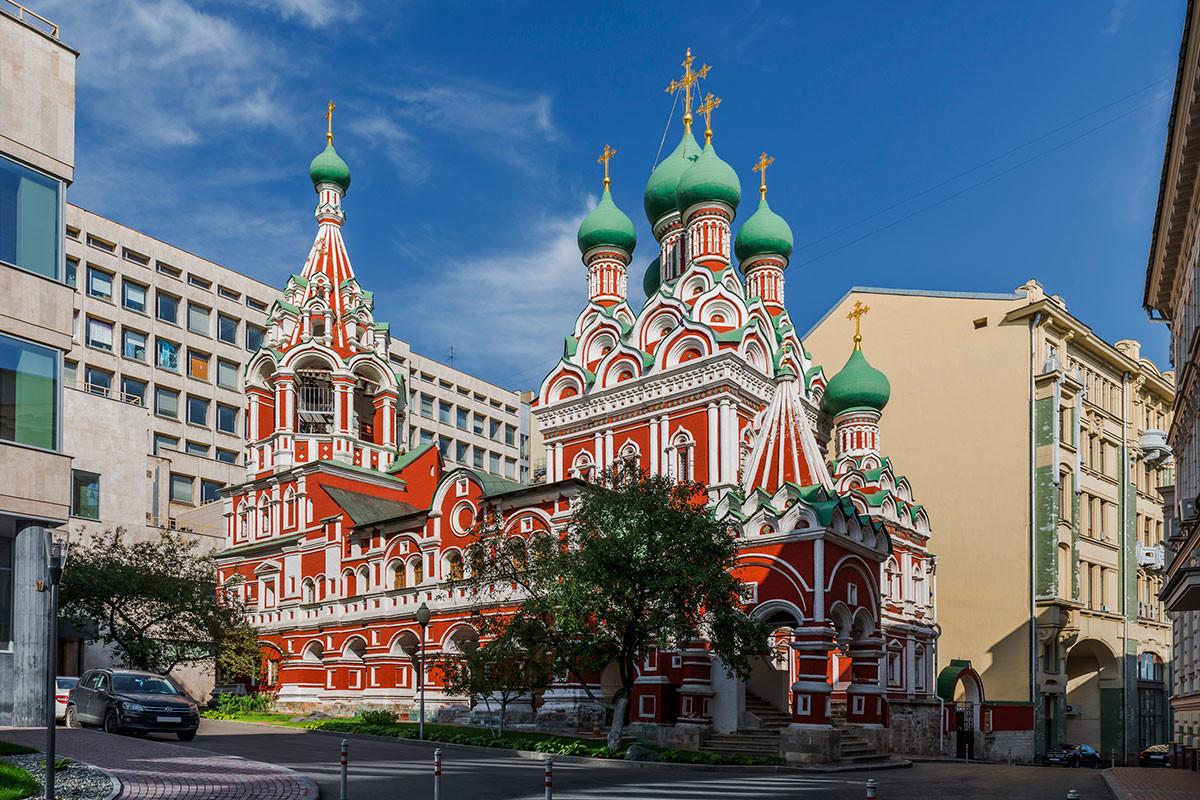 the Trinity Church in Nikitniki, Moscow