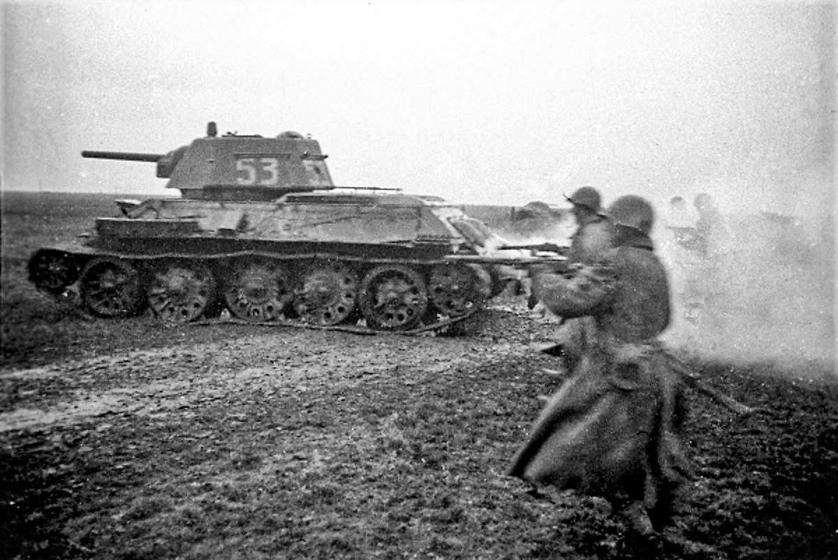 Napad trupa Trećeg ukrajinskog fronta na Beograd. Jedna od posljednjih fotografija fotoreportera agencije TASS V. N. Ivanova.