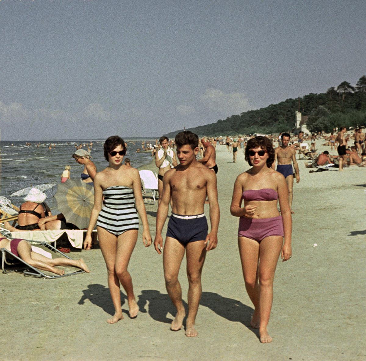 Летонска ССР. Одмор на рижском приморју, 1960.