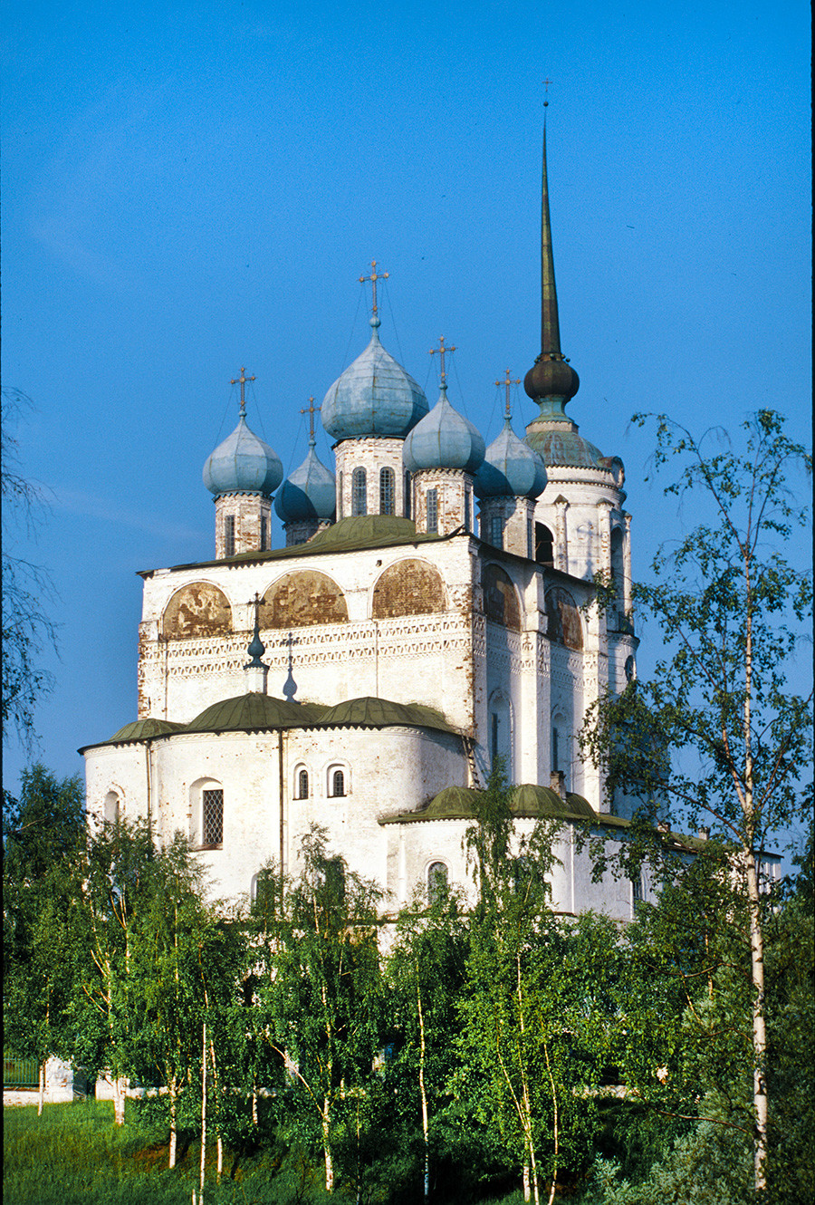 Solvychegodsk. Cathedral of the Annunciation, northwest view. June 26, 2000
