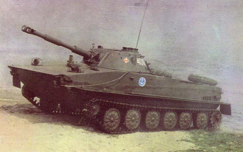 Tanque ligero PT-76