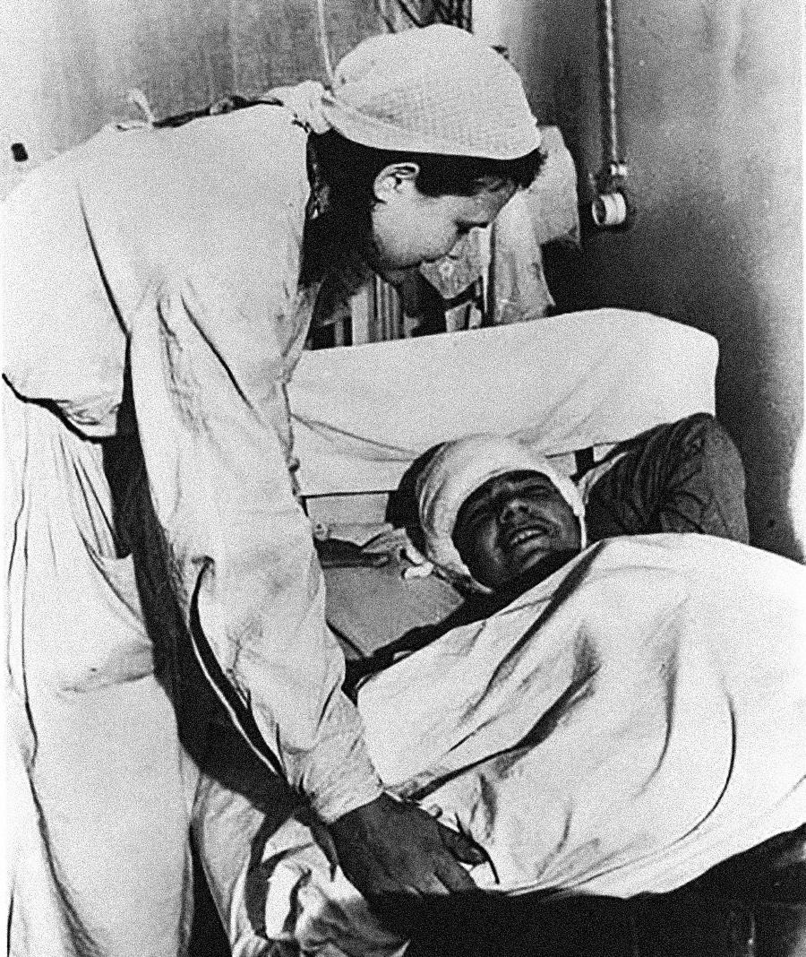 Советский госпиталь в ходе Великой Отечественной войны.