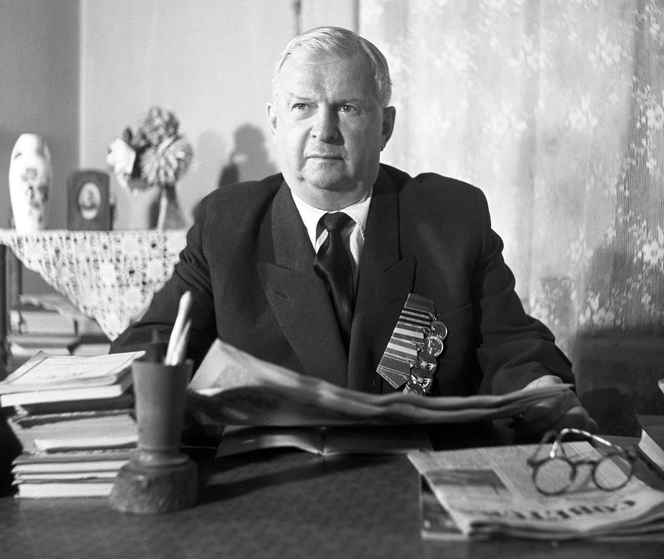 Поранешниот возач на В.И. Ленин и автор на сеќавањата на В.И. Ленин Степан Казимирович Гиљ.