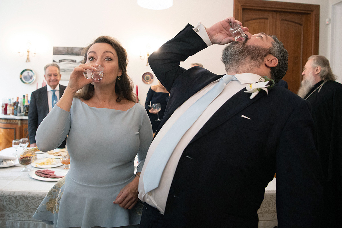 Drinking vodka 'like real Russians...'