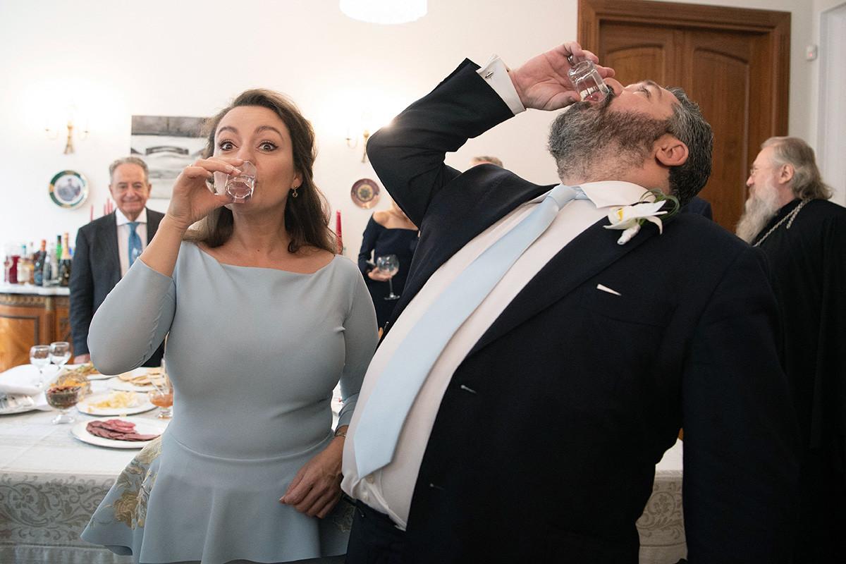 «Пить водка – как это по-русски».