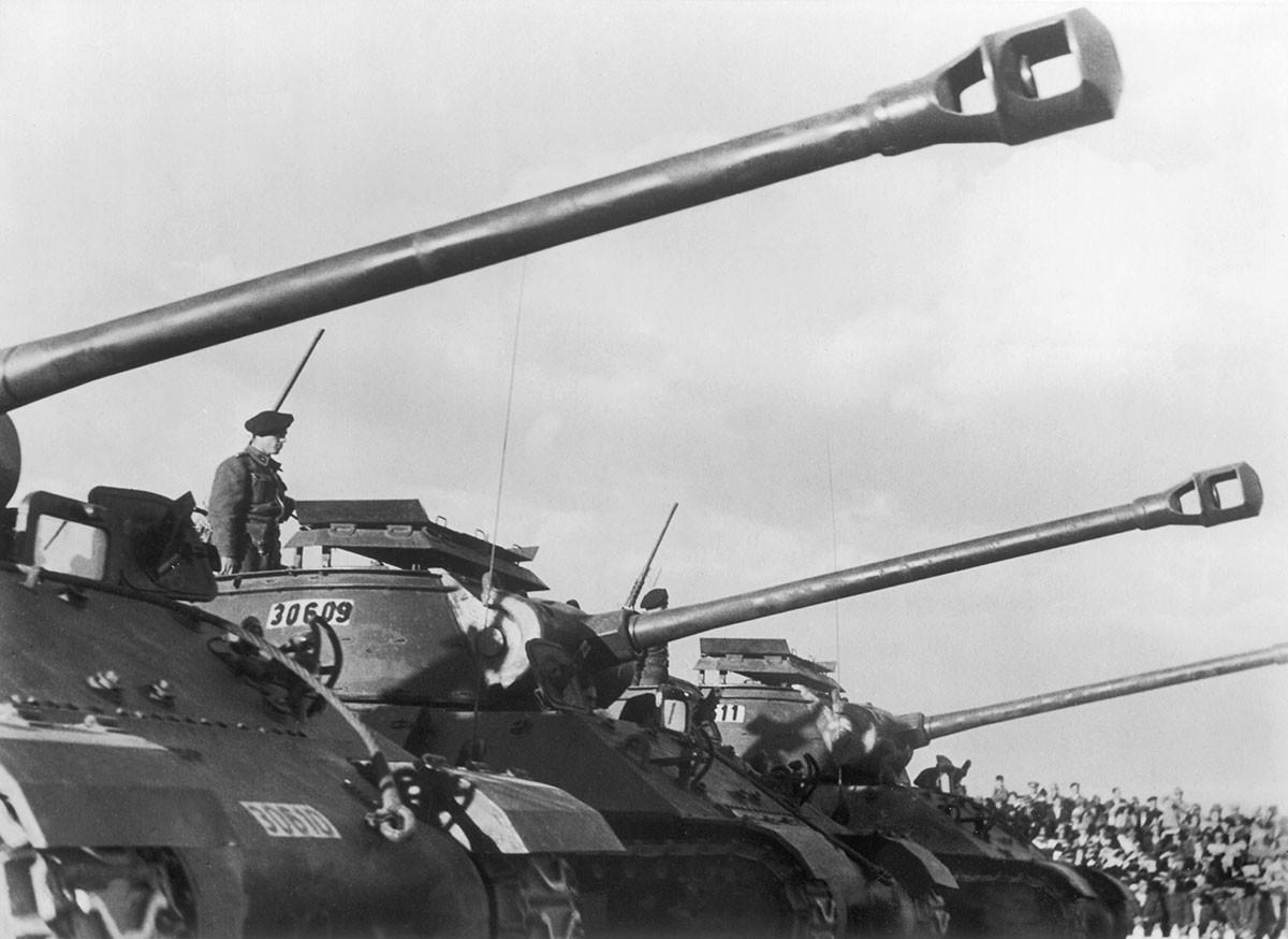 Американские танки в Турции в 1952 году.