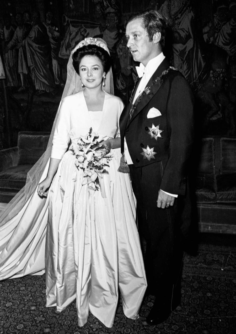 Il matrimonio di Maria Vladimirovna, figlia del granduca Vladimir Kirillovich di Russia, con il principe Francesco Guglielmo di Prussia. 22 settembre 1976, Madrid, Spagna
