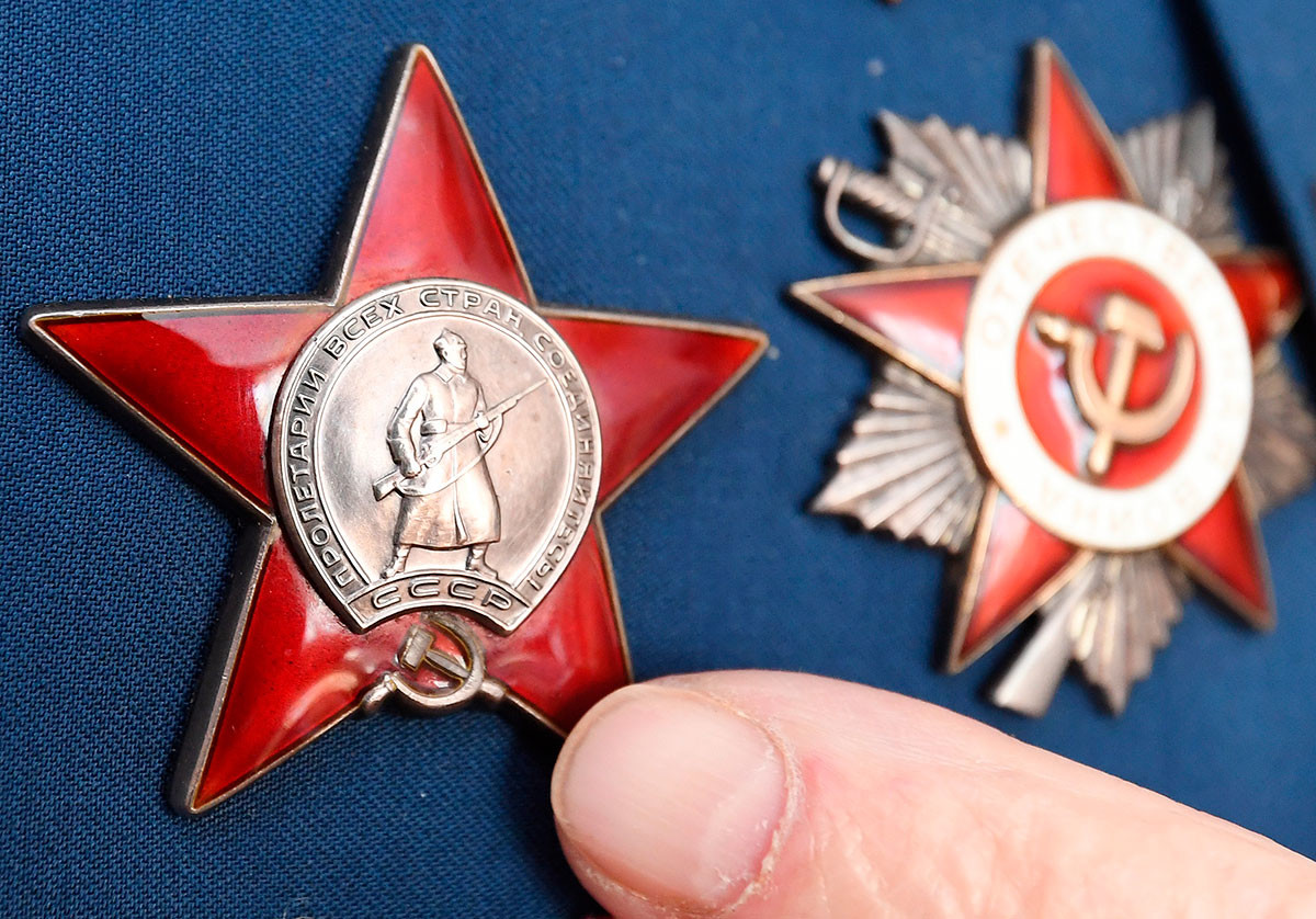 The Order of the Red Star and the Order of the Patriotic War (right) of the Great Patriotic War veteran Alexei Dmitrievich Samokhin.