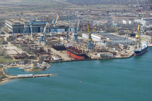 Vista aérea de los astilleros Zaliv (Kerch)