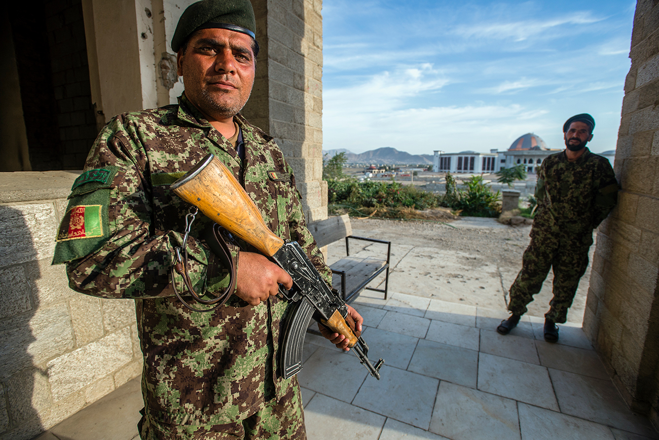 Persenjatai Tentara Afganistan, AS Beli Senapan Kalashnikov
