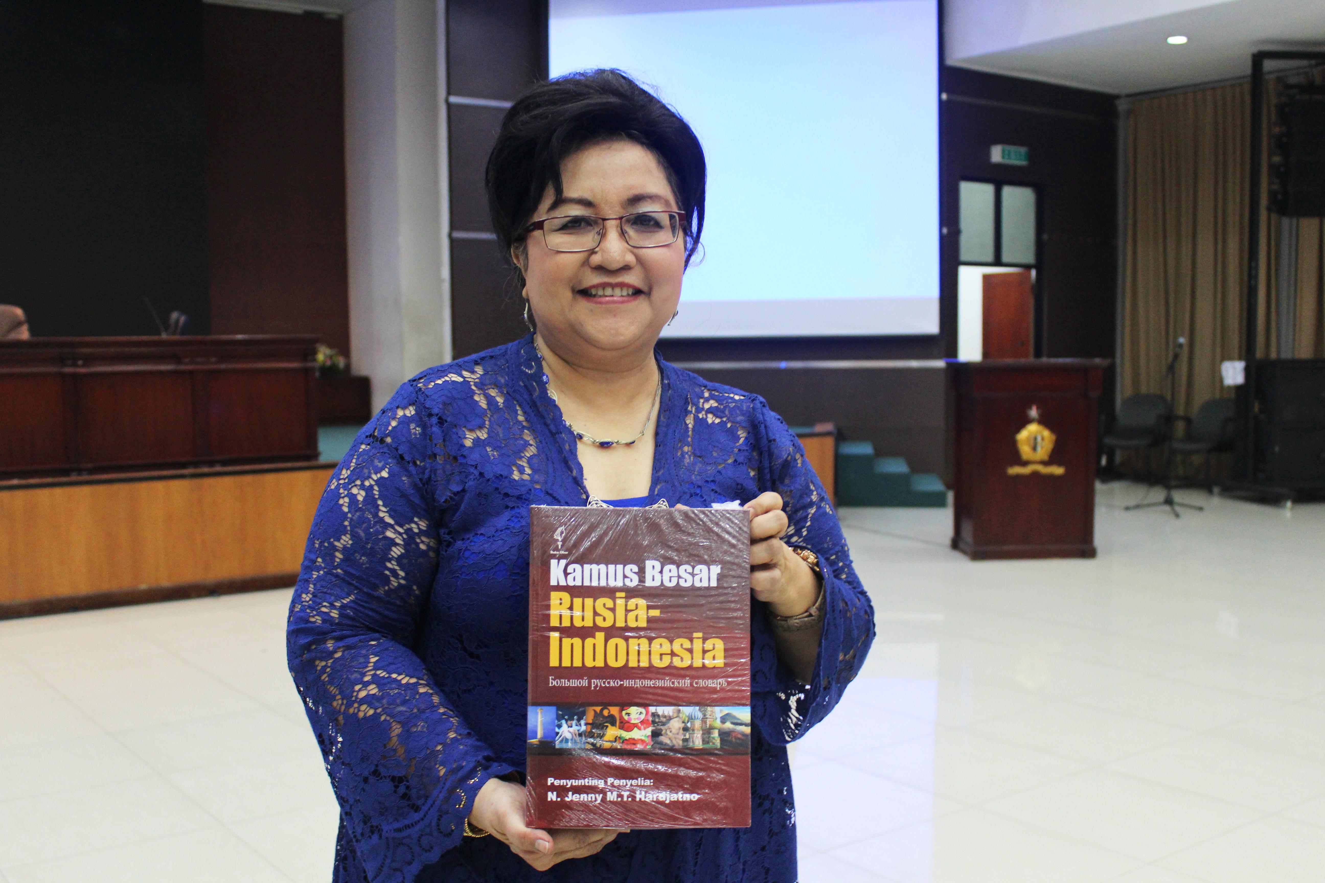 Guru Besar UI Luncurkan Kamus Rusia-Indonesia Terlengkap